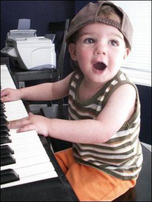Tucker piano